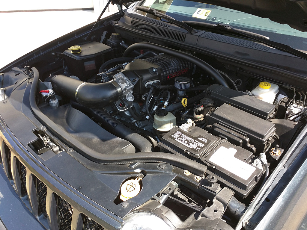 ModernMuscleXtreme Jeep SRT8 Whipple HEMI Supercharger Kit!